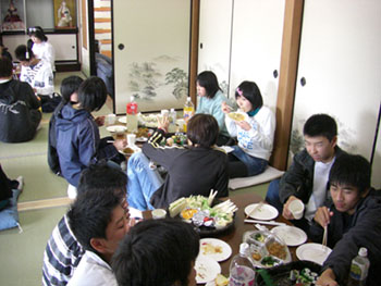 party07_tabe1.jpg